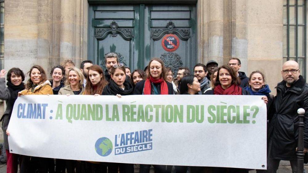 """ناشطون بيئيون يحققون """"نصراً قضائياً تاريخياً"""" على الحكومة الفرنسية"""