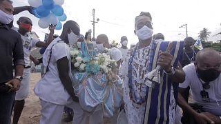 Il Brasile celebra Yemanja, dea del mare, a Salvador