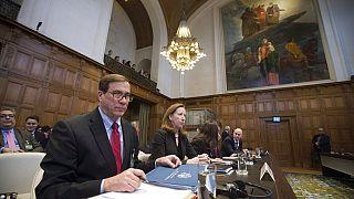 Hollanda'nın Lahey kentinde bulunan Uluslararası Ceza Mahkemesi İran ve ABD arasındaki 'yaptırım davasında' Tahran yönetimini haklı buldu.