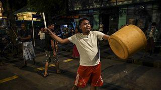 تصاویری از نافرمانیهای مدنی در یانگون علیه کودتاگران نظامی میانمار