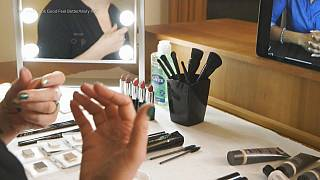 Online sminkoktatás kemoterápián átesett nőknek
