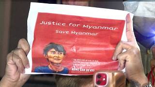 Yangon residents in noisy protest against coup/Burmese people in Bangkok protest against Myanmar coup
