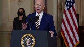 ABD Başkanı Biden Dışişleri Bakanlığı'nda bir konuşma yaptı