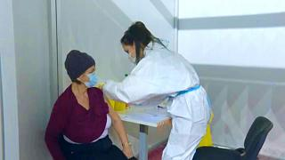 ابراز رضایت صربستان از واکسن چینی، شک و تردید ماکرون از کارایی سینوفارم