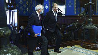 Josep Borrell (links im Bild) und Sergej Lawrow