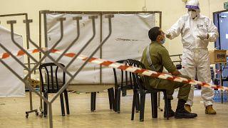 تلقيح جندي إسرائيلي