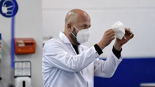 Γερμανία: Η COVID-19 εξαφάνισε την γρίπη