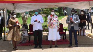 Ouganda : un traitement local anti-Covid fait son apparition