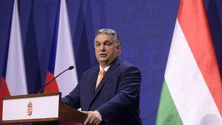 Orbán Viktor miniszterelnök az Andrej Babis cseh kormányfővel tartott közös sajtótájékoztatón, megbeszélésüket követően Budapesten, a Karmelita kolostorban 2021. február 5-én