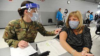 ABD'de aşı kampanyası için asker görevlendirilecek