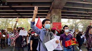 تظاهرات روز یکشنبه در یانگون