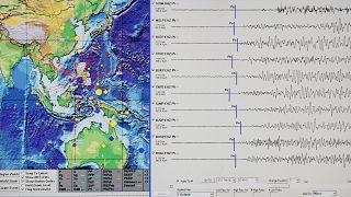 Philipinler ve Papua Yeni Gine'de deprem