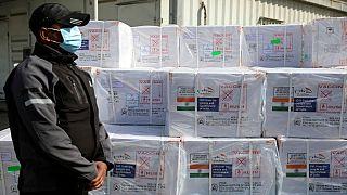 ورود محموله واکسن کرونای اهدایی هند به افغانستان