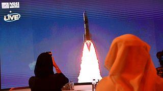 لحظة إطلاق المسبار إلى الفضاء