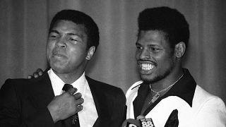 Morreu o homem que roubou o título mundial a Muhammad Ali