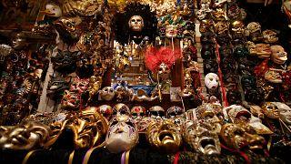 Même sans touristes, la magie du carnaval de Venise opère toujours