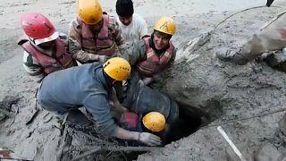 Rescate tras una avalancha en la India