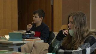 COVID-19: Σταδιακό άνοιγμα των σχολείων στην Ευρώπη