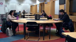Суровое влияние пандемии на европейское студенчество
