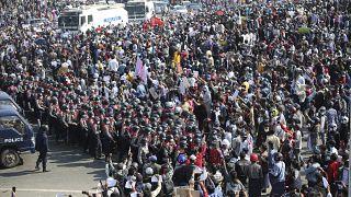 Manifestazioni in Myanmar