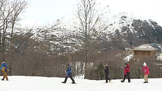 Прогулка на снегоступах во французских Пиренеях