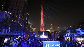 الإمارات تحتفل بوصول مسبار الأمل لمدار كوكب المريخ