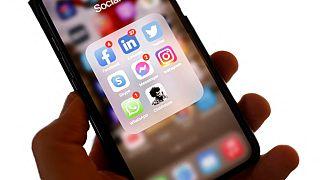 Clubhouse sosyal medya platformu Çin'de engellendi.