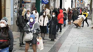 Shops reopen in Vienna, Austria