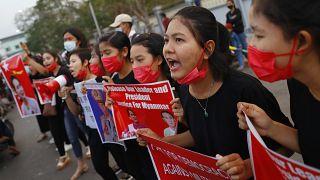 استمرار التظاهرات في ميانمار
