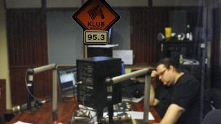 Technikus a Klubrádió Stúdiójában