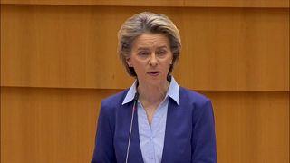 Брюссель признал ошибки, сделанные в рамках борьбы с пандемией