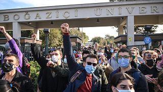 Boğaziçi Üniversitesi öğrencileri euronews'e konuştu