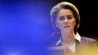 "Presindet von der Leyen told MEPs that the EU was ""too optimistic about mass production."""