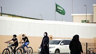 Járókelők Dzsiddában