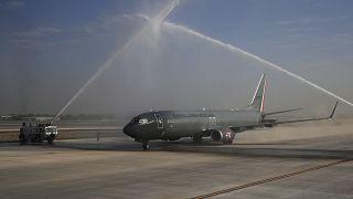 El avión militar con el presidente López Obrador aterriza en la base Santa Lucia para inaugurar el nuevo tramo del aeropuerto de Ciudad de Me´xico, 10/2/2021