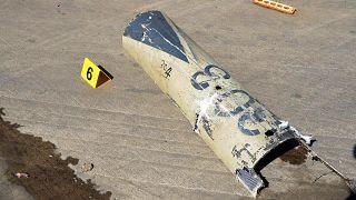 صور لحطام نشرته وزارة الإعلام السعودية بعد هجوم للحوثيين على مطار آبها