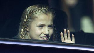 La princesa Leonor en un coche oficial en Madrid. 17/11/2016