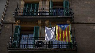 "An ""estelada"" or independence flag hangs on a balcony in downtown Barcelona, Spain, Thursday, Jan. 28, 2021."