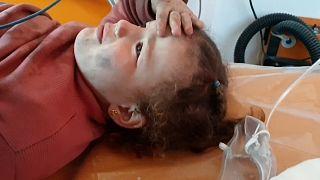 El-Bab'ta 8 metrelik bir kuyuya düşen Suriyeli çocuk Beyaz Baretliler tarafından kurtarıldı