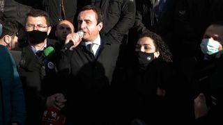 Eleições Legislativas num Kosovo à procura da estabilidade política