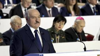 Lukasenka a fehérorosz össznépi gyűlés küldötteihez szól Minszkben