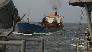 Nijerya açıklarında korsanlar tarafından kaçırılan 15 Türk denizci kurtarıldı