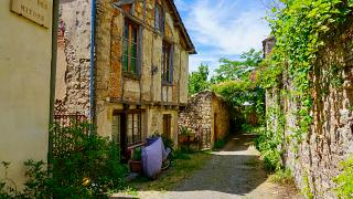 City dwellers in France are craving a more rural lifestyle