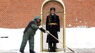 Winter in Europa: Moskau versinkt im Schnee