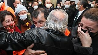 15 Türk gemici rehin alındıktan yaklaşık 3 hafta sonra aileleriyle görüştü.