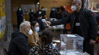Assembleia de voto na Catalunha