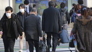 Japonya GSYİH'inin yarısından fazlasını oluşturan özel tüketim yüzde 5,9 azaldı