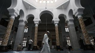 Mosques Reopen in Algeria as COVID-19 Restrictions Ease Up