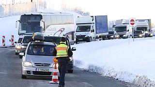 Deutschland hat strengere Grenzkontrollen an den Grenzen zu Tschechien und dem österreichischen Bundesland Tirol eingeführt