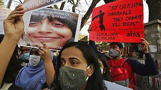 Proteste in Bengaluru gegen die Verhaftung von Klimaaktivistin Disha Ravi, 15.02.2021